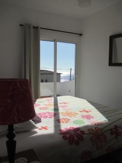 Double Bedroom 2 Ocean views!