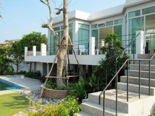 Villas for rent in Khao Tao: V5411