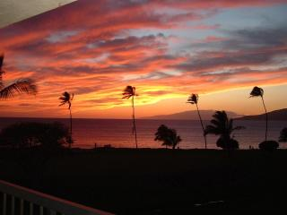 Maui Sunset B421  Amazing View and Amenities