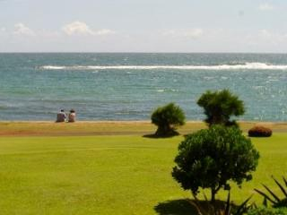 Remodeled Oceanfront Condo, Central East Shore at, Kapaa