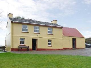 CEOL NA N'EAN detached, woodburner, pet friendly cottage in Sneem, County Kerry Ref 13584