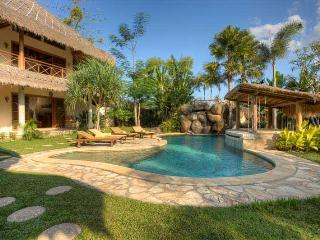 Charming Exotic and Luxurious Villa Umalas, Seminyak