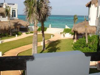 Villa Umakiha, Playa del Secreto