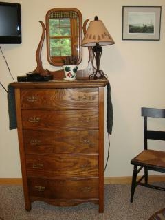 beautful antique furnishings