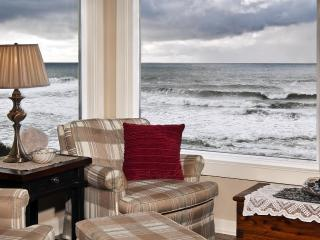 Open 8/7-9 Seamist-Oceanfront Home, Lincoln City