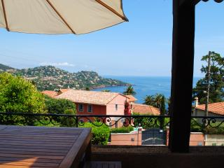 Villa Saint Raph holiday vacation villa rental france, cote d\'azur, riviera, coastal france, beach, cannes, st. raphael, holiay vacation, Saint-Raphael