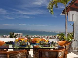 CASA LOUISA, 3Bed/3Bath Spectacular Condo & Views, Puerto Vallarta