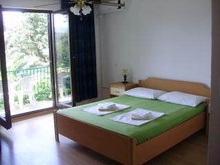 3bedrooms apartment 6-8 people Villa Welcome, Vrboska