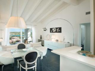 2 BD, 1 BR Luxury Apartment in Porto Cervo