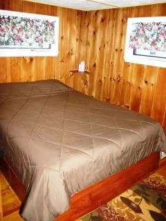 Comfortable Queen size bed - lots of storage underneath