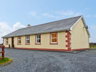 MARYVILLE, ground floor, pet friendly cottage with a garden in Cornasleehan, Ref 14787, Carrick-on-Shannon