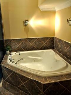 jaccuzzi bath