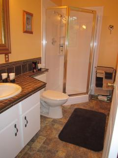 Creekside Room Ensuite