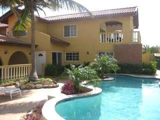 Aruba Beach Villa 5 bedroom 200 steps arashi Beach, Malmok Beach