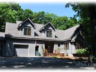 October Available- Luxury House on Golf Course, Wintergreen