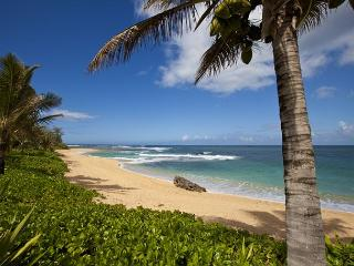 Ka Wai Aloha - Walking distance to beach