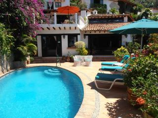 CASA OWAISSA:LOVELY HOME: PRIVATE POOL:LOCATION