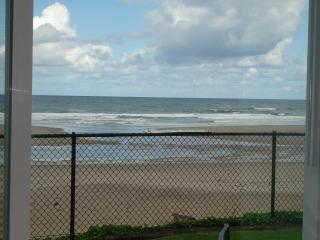 Oceanfront, King, Groundfloor, Pool, WiFi, Lincoln City