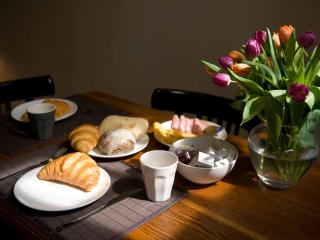Breakfast in your own Amsterdam apartment