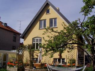 Spacious Bed&Breakfast, Copenhagen, close to city center