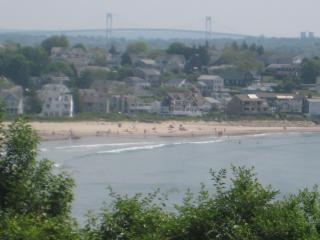 Beautiful House by the SEA with OCEAN/BEACH Views, Narragansett