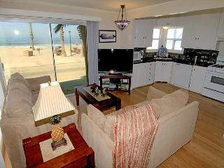 4 Bedroom Lower Level Duplex on the Sand in Oceanside, CA, on the Strand