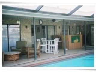 lanai & pool area