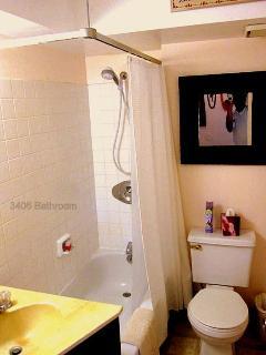 B-Unit bathroom from entry