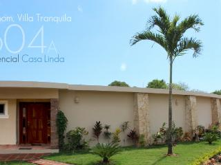 Villa Tranquila, landscaped  for your privacy and enjoyment, with palapa and TVs in main bedrooms!(604a), Cabarete