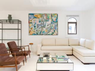 Luxury 2 Bedroom Apartment in Jardins, São Paulo