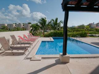 Villa Dolphin Beachside Villa 4 bedrooms