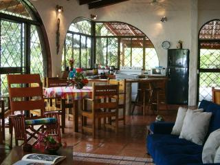 Casa 3 Palmas- Charming villa with Private Pool, Manuel Antonio National Park