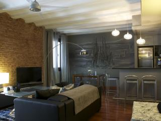 Luxurious 90m2 apartment in trendy Borne area, Barcelona