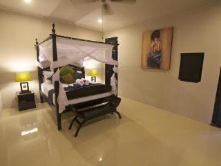 4 bedrm Kuta Regency - Safir Villa
