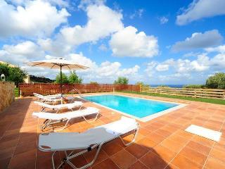 Cosy Villa with pool overlooking the Agean Sea, Rethymnon Prefecture