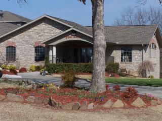 All New Decor - Leather / Granite, Golf, Amenities, Pointe Royale Pet Friendly