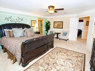 Stunning 5/6BR/3BA Pool Home Disney Golf! Luxury!