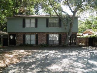 St. Simons 3 Bdrm 1.5 Blocks to the Beach!, Isla de Saint Simons
