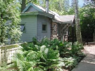 Trollhaugen Log Cabin, Ephraim