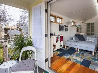 Gallery House Studio Apartment, Austin