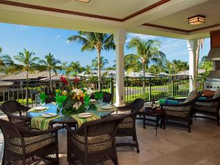 Kolea Villa 12B ~ Beachfront  with Ocean View, Waikoloa