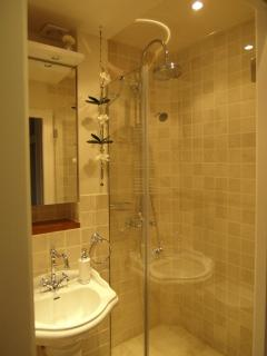 Large italian style shower that fits 2