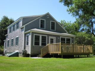 4 Bedroom Home On White Pond, Chatham