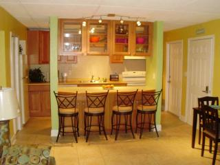 Beautiful Beachside Condo in Cocoa Beach