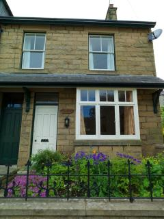 4 Bedroomed Victorian House in heart of Tideswell