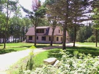 Alberta Lane Cottage  - House