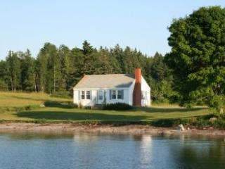 Point Field Cottage, Deer Isle