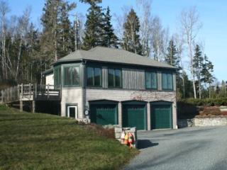 Mini Quiche Cottage, Brooklin