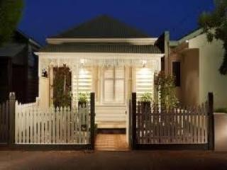 Port Melbourne Serviced Apartment  heritage homes