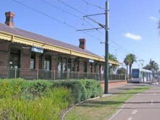 Port Melbourne Serviced Apartment  fast tram to the CBD